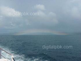 Rainbow appearence near Havelock Island