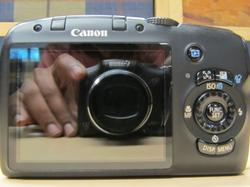 Canon SX120IS Back View